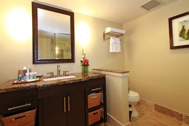 Royal Garden Bathroom