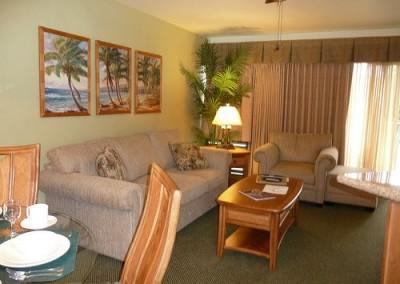 Makai Club Condo Living Room
