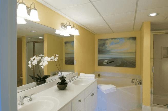Panama City Bathroom