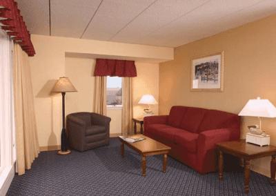 Inn on Long Wharf Living Room
