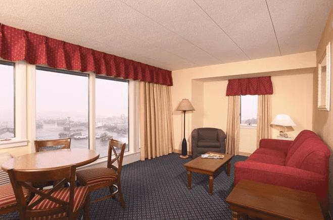 Inn on Long Wharf Interior