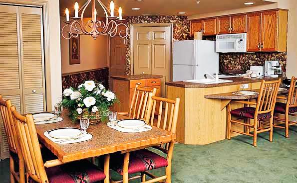Branson Meadows Kitchen Dining