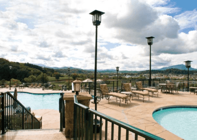 Smoky Mountains Outdoor Pool