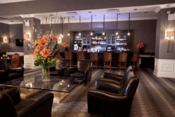 Manhattan Club Lounge