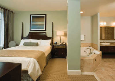 National Harbor Bedroom & Jetted Tub